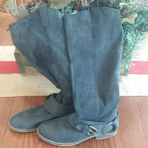 Steve Madden black boots size 8